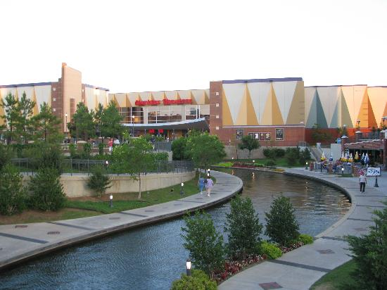 harkins-theater-on-riverwalk