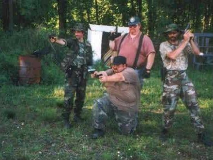 rednecks-with-guns.jpg
