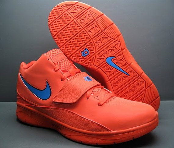 KD 2 Shoes http://www.thelostogle.com/2012/12/05/insane-kicks-some-of-the-craziest-shoes-worn-by-thunder-players/