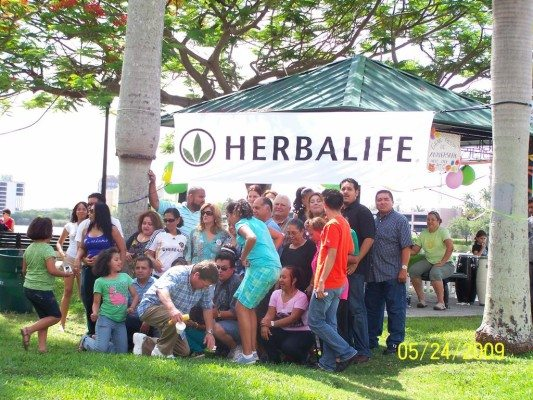herbalife party 081_full