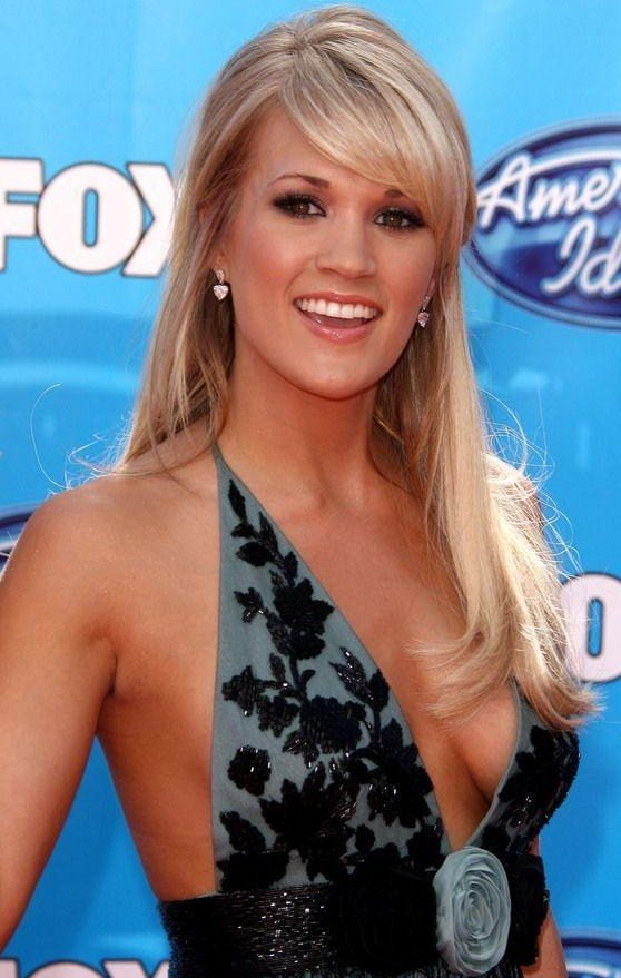 Free sexy pics of carrie underwood