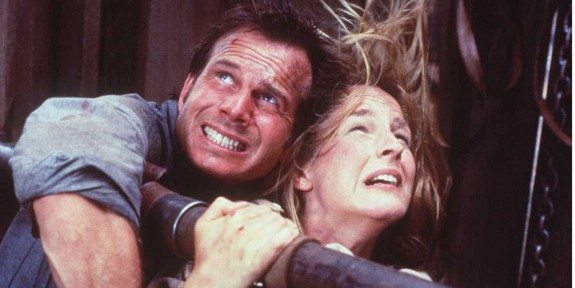 "375181 02: 1996 BILL PAXTON AND HELEN HUNT AS JO HARDING IN THE ACTION THRILLER ""TWISTER"""