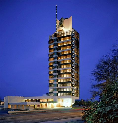 8 sexiest buildings in oklahoma the lost ogle for Frank lloyd wright bartlesville