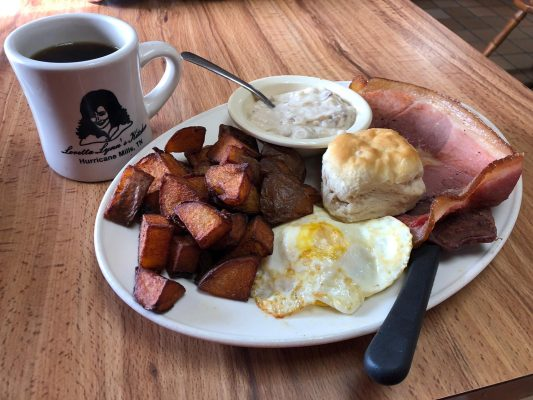 Coal Miner S Diner A Country Music Breakfast At Loretta Lynn S Kitchen The Lost Ogle